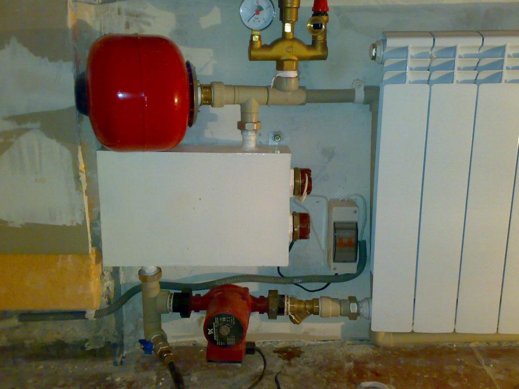 Электрокотел для отопления гаража электродный