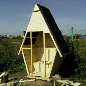 как правильно построить туалет на даче