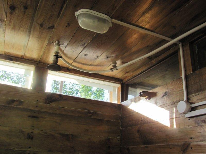 освещение для туалета на даче